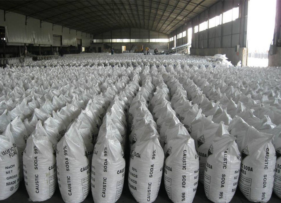 Sodium Hydroxid/Caustic Soda used for dyeing industries